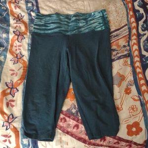 EARTH YOGA medium Capri turquoise blue tie dye